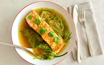 Saumon au bouillon et courgettes