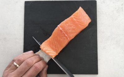 Enlever la peau de mon saumon